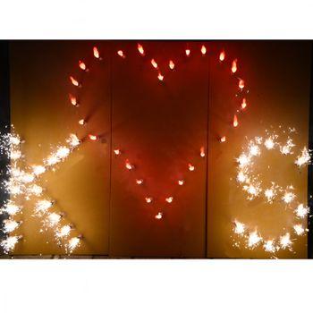 Lichterbild rotes Herz mit 2 Buchstaben Ihrer Wahl